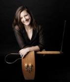 Carolina Eyck - http://www.carolinaeyck.com/